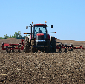 hydraulic-fluid-for-your-tractor