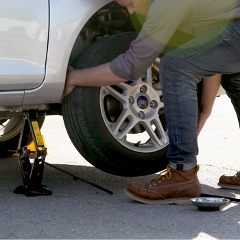 Step 2: Find a Safe Spot to Change the Flat Tire